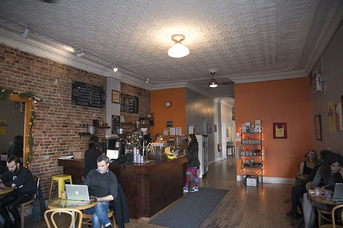 Cafe_Grump_Interior2_500