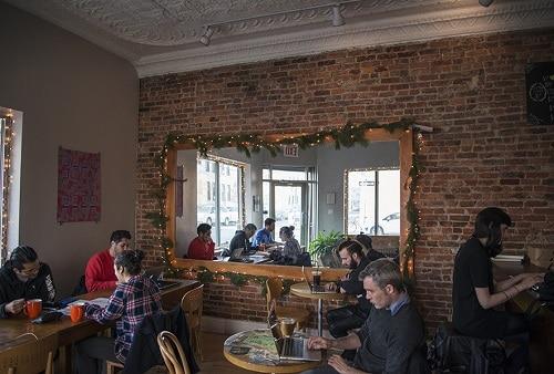Cafe_Grump_Interior_500