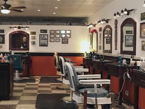 Tomcats-Barbershop_Interior_500