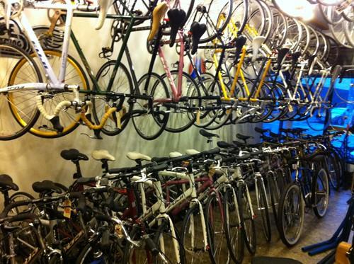 BsBikes_Hangings_Bikes