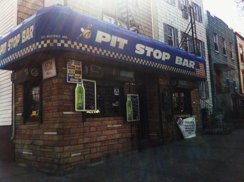 Pit-Stop-Bar_Exterior_500