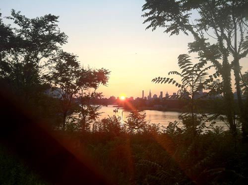Sunset at Bushwick Inlet, photo: Jen G Pywell