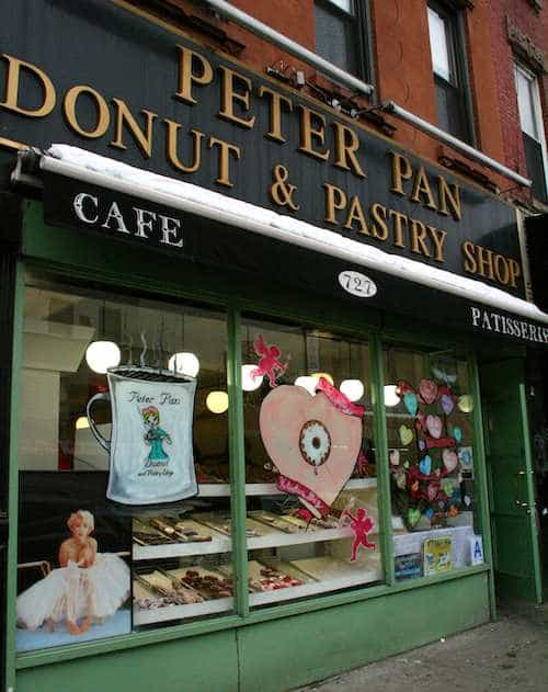 Peter_Pan_Donut_Greenpoint_RdB