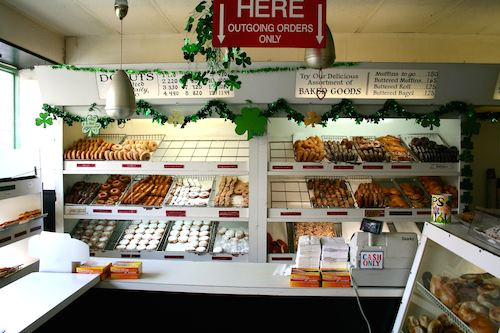 Peter_Pan_Donuts_Greenpoint