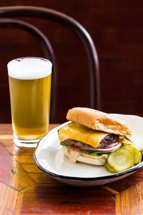 Alameda_Burger_And_Beer_500