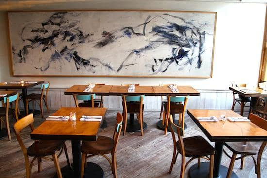 Bounty_Dining_Room_Rosie_de_Belgeonne