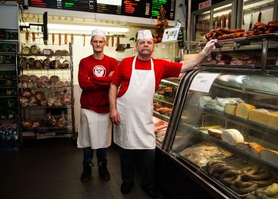 Steves_Meat_Market_Greenpoint_Rosie_de_Belgeonne