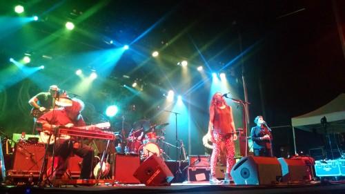 Neko Case, Jon Rauhouse (guitar, pedal steel), Eric Bachmann (piano, guitar), Dan Hunt (drums), Tom V. Ray (bass), Kelly Hogan (BV).