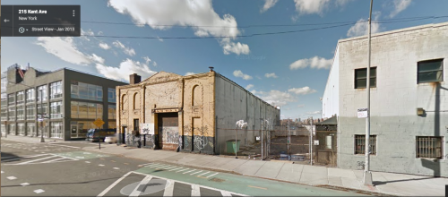 "Con Edison's bulk storage facility at S. 1st and Kent Ave. was the largest in storage capacity. ""Hazardous Neighbors"" study."