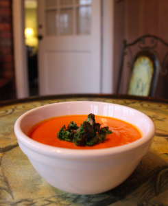 Coconut tomato soup with crispy kale