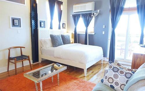 Henry-Norman-Hotel_Loft-Room_500
