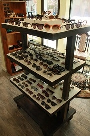 Sunny-Eye-Shop_Sunglasses-Stand_180