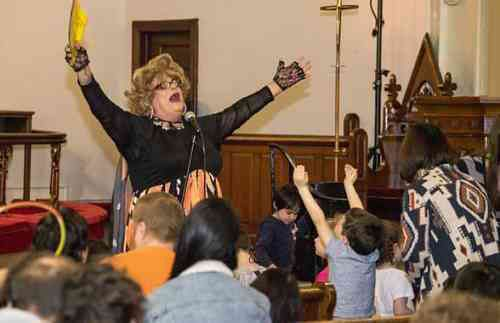 Rev Yolanda Rocks the Pulpit at the Park Church Co-op