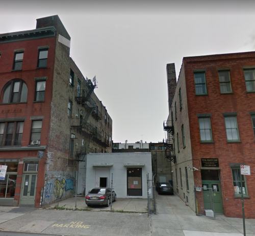 128 Greenpoint Ave