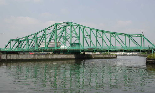 The Grand St. Bridge